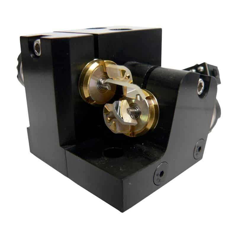 Moduł skanowania generujący projekcję laserową w pokazie laserów