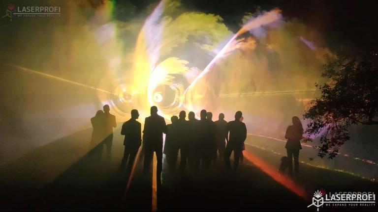 Pokaz laserów na 60 urodziny - tunele przestrzenne