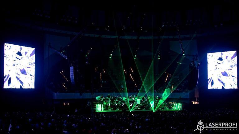 Pokaz laserowy koncert Jimek we Wrocławiu