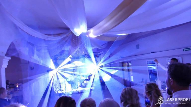 Pokaz laserowy przestrzenny na weselu