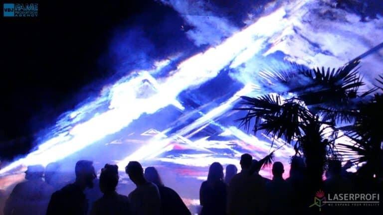 Pokaz laserowy wesele grudziądz plaża przestrzenny trójkąt laserowy