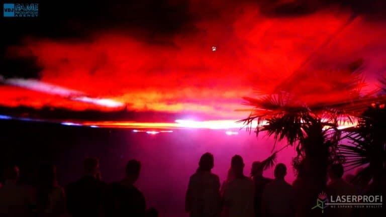 Pokaz laserowy wesele grudziądz plaża red liquid sky