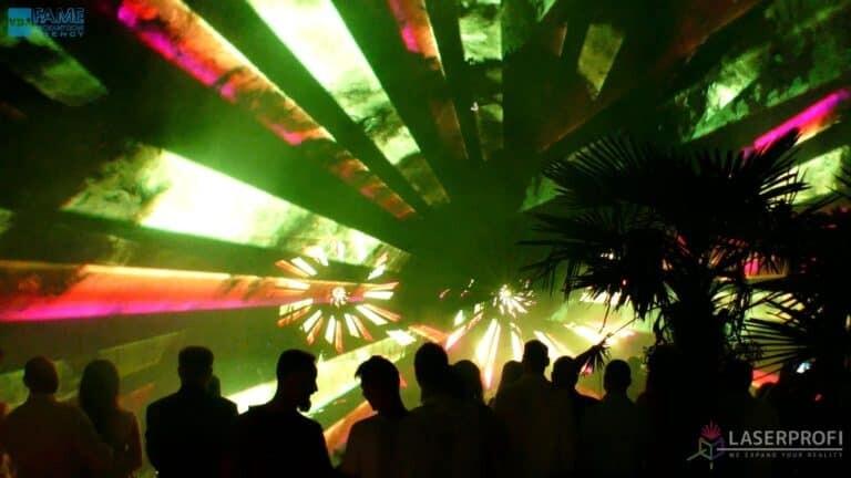 Pokaz laserowy wesele grudziądz plaża zielony wachlarz laserowy
