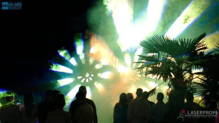 Pokazy laserów wesele grudziądz plaża żółte lasery