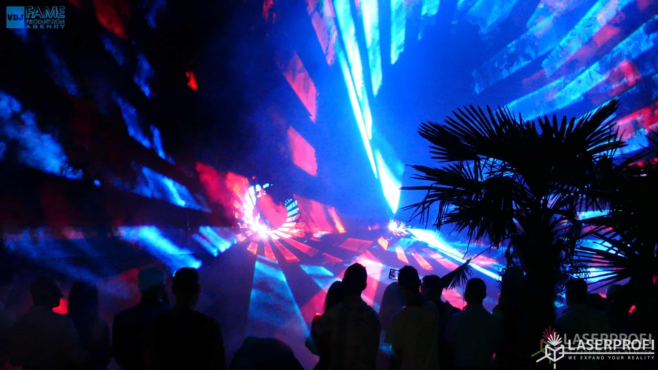 Pokazy laserów wesele grudziądz plaża tunel przestrzenny z laserów