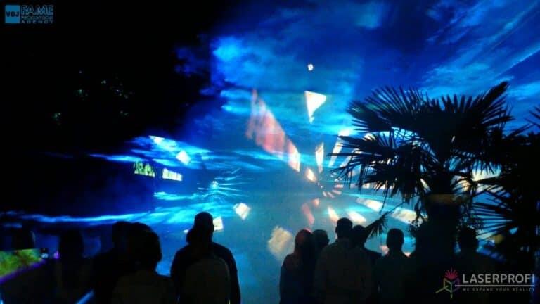 Pokazy laserów wesele grudziądz plaża wiązki laserowe