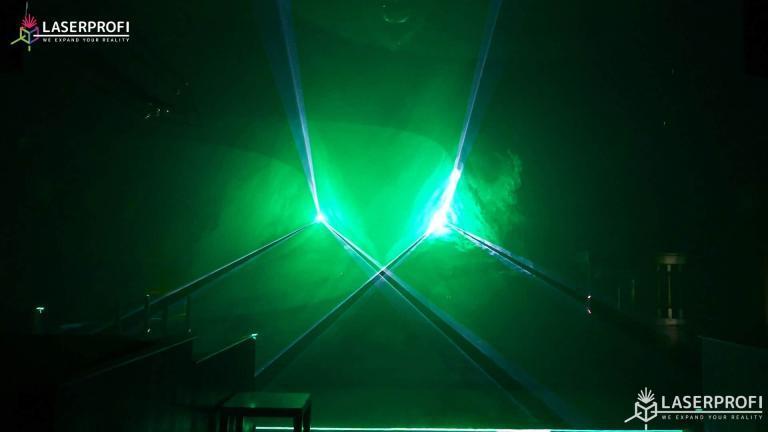 Przestrzenny pokaz laserowy tunel przestrzenny zielony