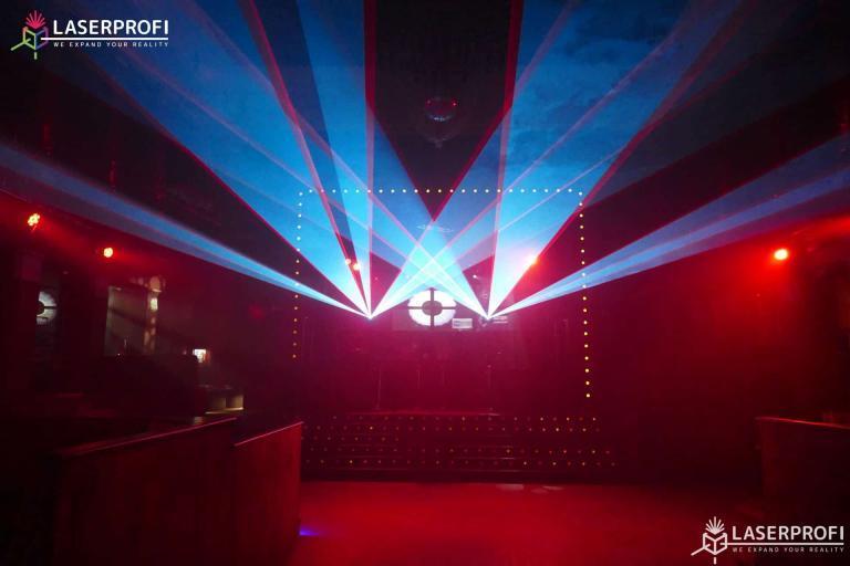 pokazy laserowe