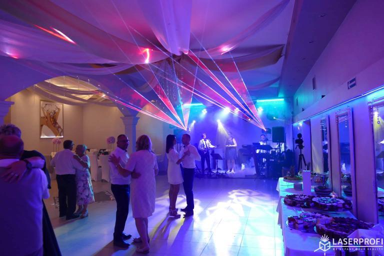 Wachlarze laserowe czerwone na weselu