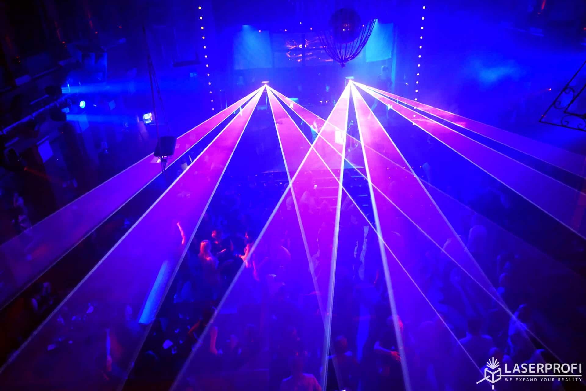 Lasery na dyskotece