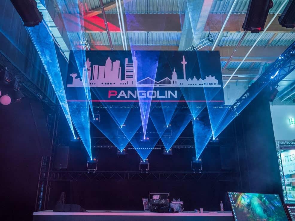 pokaz laserow kvant na zywo na targach prolight+sound frankfurt 2019